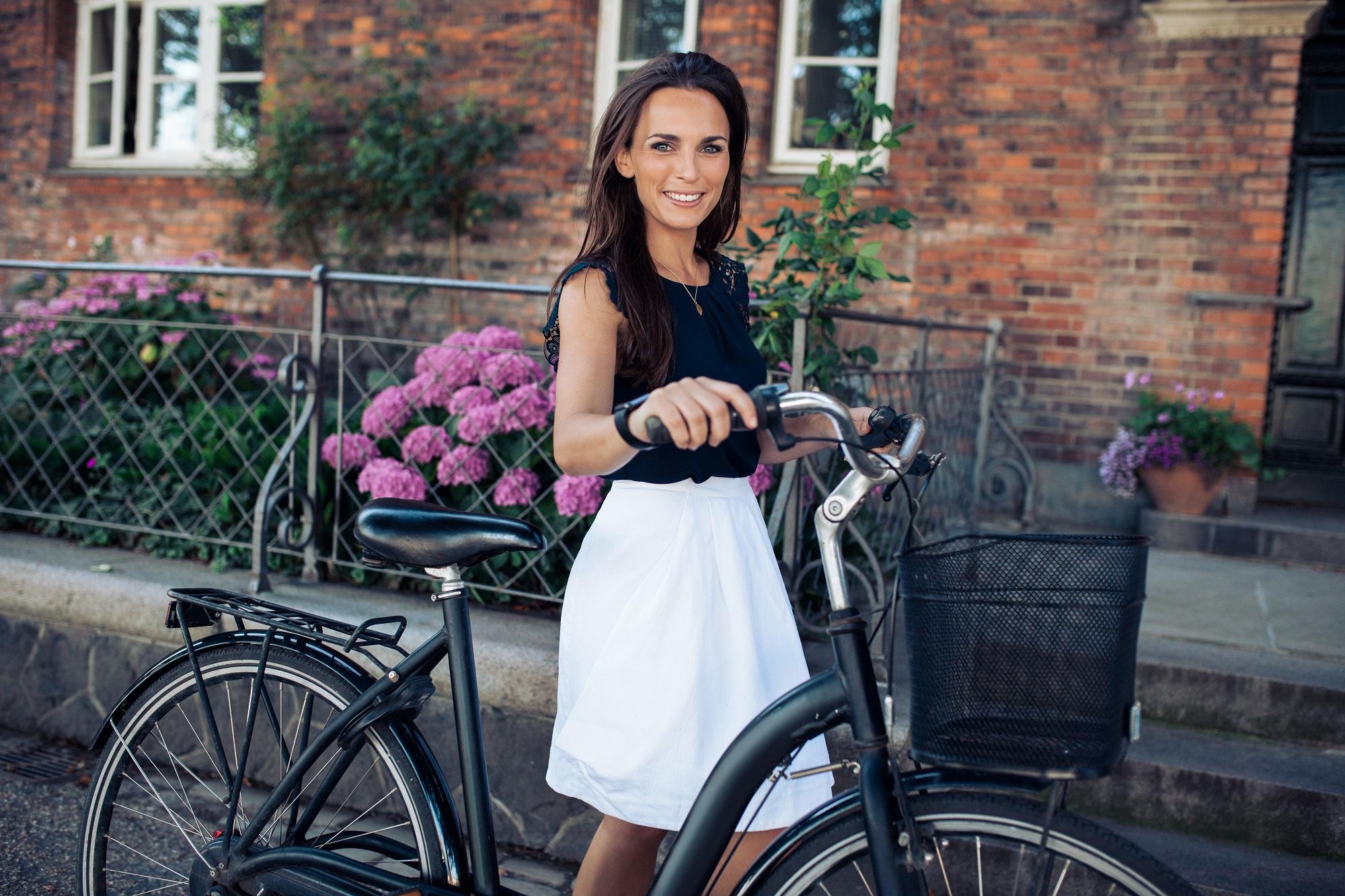 gt-bike-woman